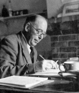 cs-lewis-writing